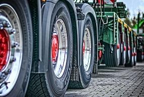 """Lauksaimniecības tehnikas tirgotāja """"Dotnuva Baltic"""" apgrozījums pagājušajā finanšu gadā pieauga par 5,3%"""