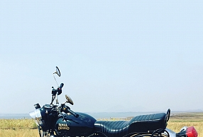 "Iegādājies Royal Enfield motociklu – SIA ""Moto Classic House"