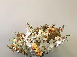Mākslīgie ziedi orhideja