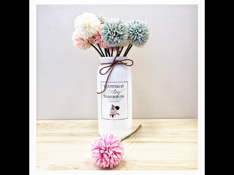 Mākslīgie ziedi un augi