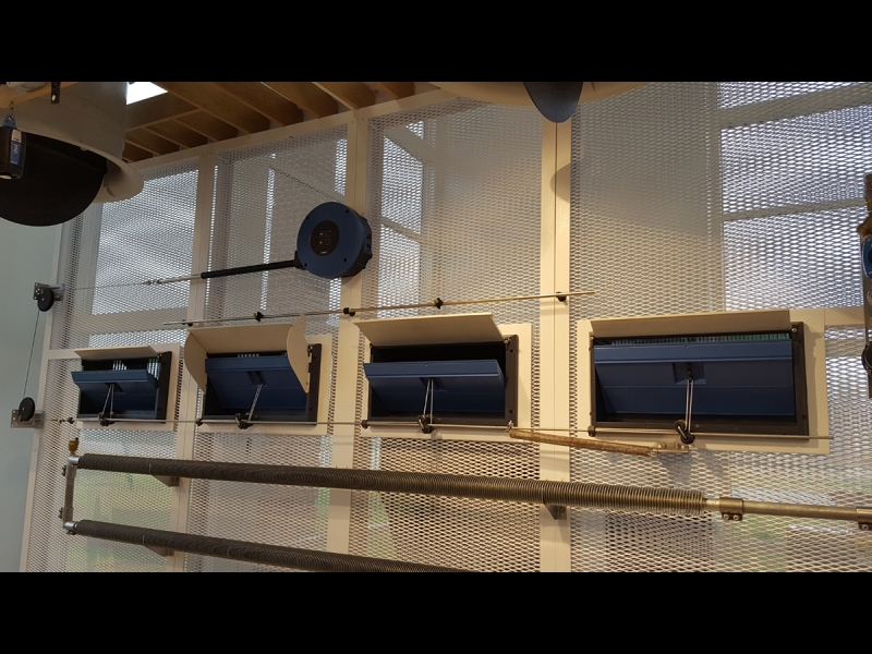 Dāņu kompānijas SKOV ventilācijas tirdzniecība, montāža un elektromontāža govju, cūku un vistu fermās