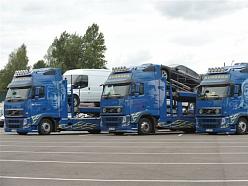 Auto vešana treileros uz Vāciju