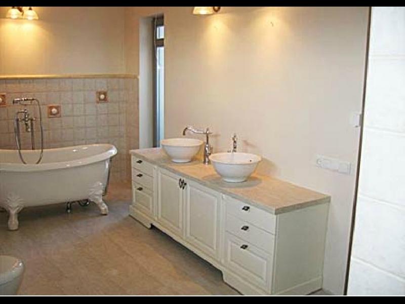 vannas istabas, mēbeles