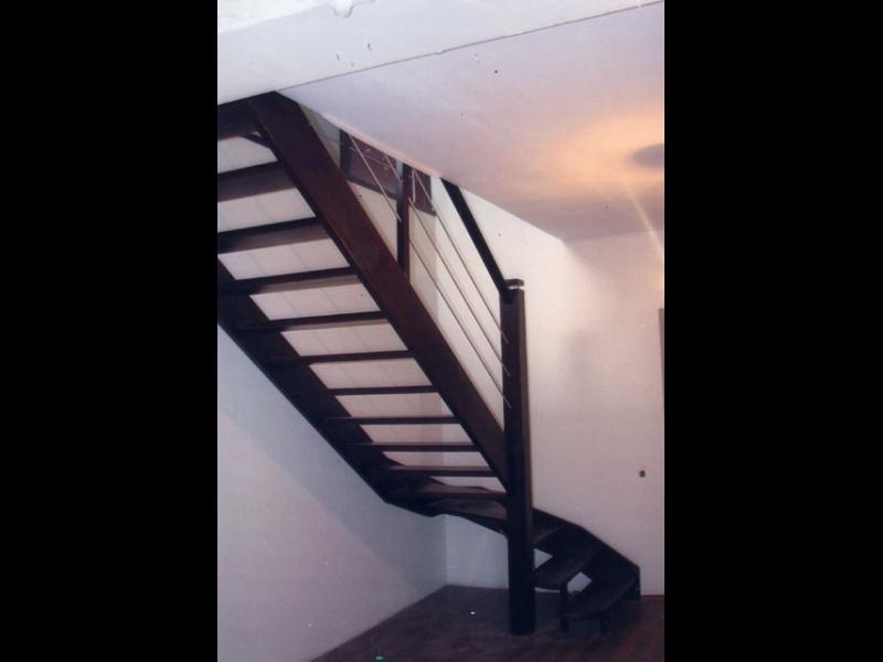 Kāpnes pēc induviduāla projekta