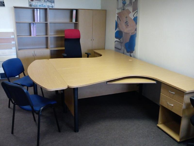 Biroja galdi, mēbeles, krēsli, tirdzniecība Rīga, Ogre, Ziepniekkalns