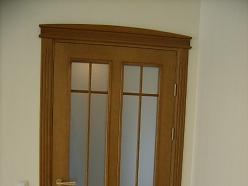 Durvis ar stikliem Jelgavā