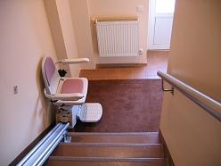 Ratiņkrēsls pārvietošanai pa kāpēm