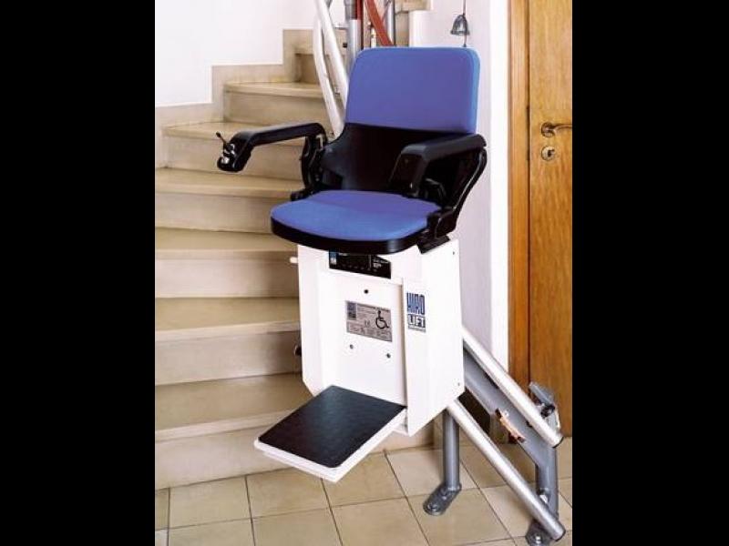 Pacelšanas aprīkojums un ierīces invalīdiem