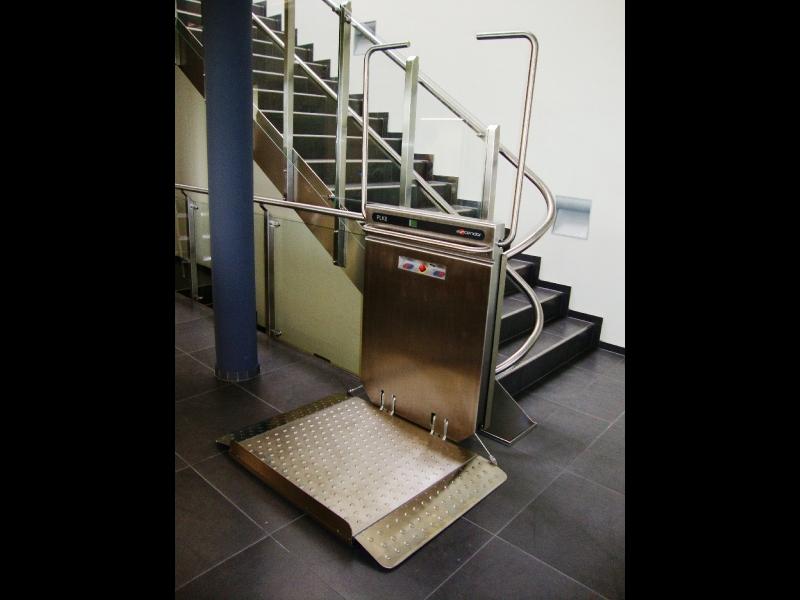 Invalīdu pacēlāju tehniskā apkope
