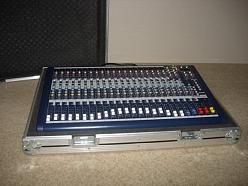Drošās un izturīgas kastes audio un video aparatūrai
