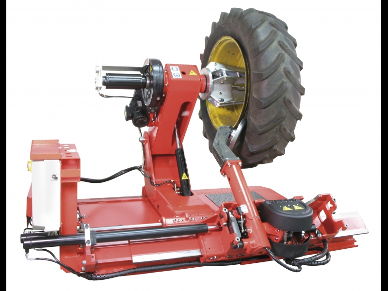 Kravas auto, Traktoru riepu montāža