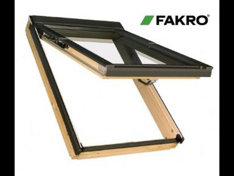 Fakro jumta logi
