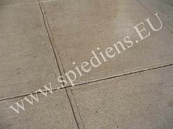 Betona grīda pēc tīrīšanas