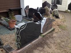 Personalizēti kapu pieminekļi