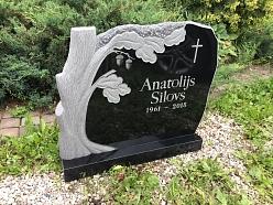 Oriģinālu granīta pieminekļu izgatavošana kapu vietā