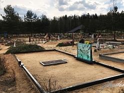Skaisti kapu pieminekļi no stikla un granīta glasstone.eu