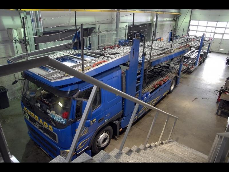 Komerctransporta serviss un pārbūves