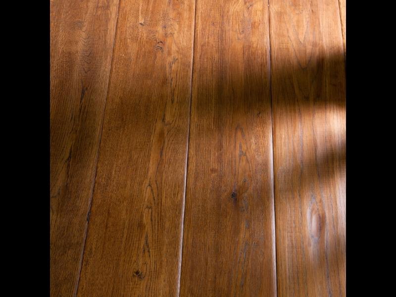 Ozola grīdas