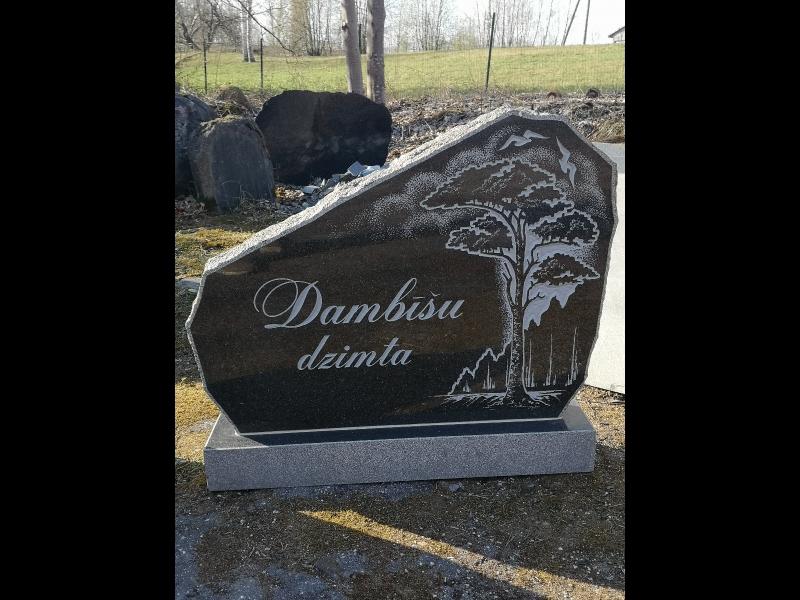 Akmens apstrāde pieminekļi apmales Valmiera Limbaži Valka