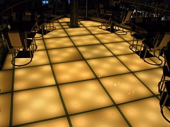 Stikla grīdas