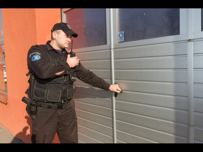 Garāžas, noliktavas apsardze