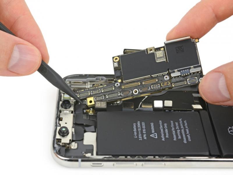 IPhone X side button flex maiņa