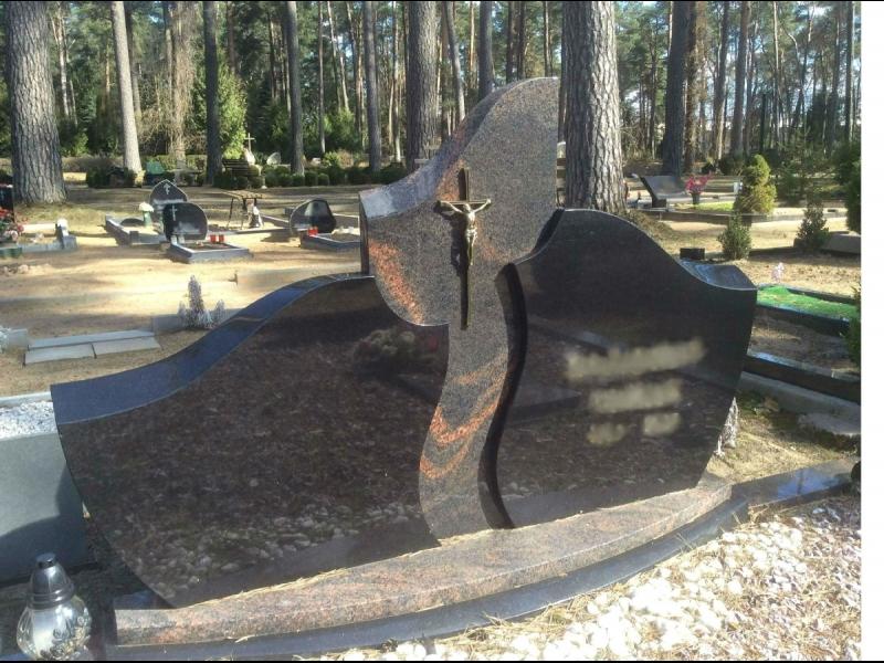 Granīta akmens kapu pieminekļi