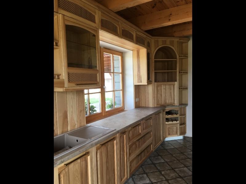 Oša koka virtuves iekārta