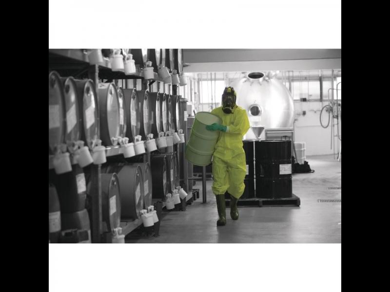 Ķīmiski izturīgi apģērbi