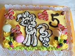 Svētku tortes, dekorēšana
