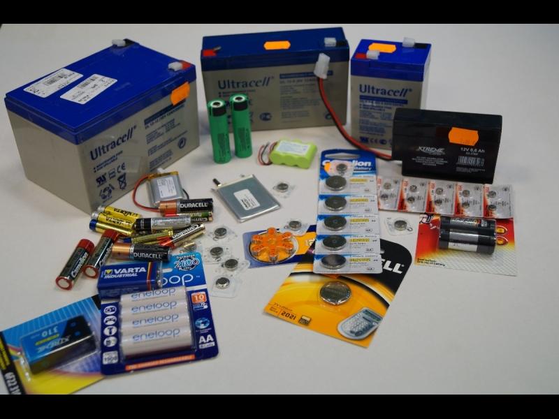 Akumulātori, baterijas, elementi, litija baterijas, akumulātori e cigaretēm,pulksteņu baterijas, svina skābes akumulātori, litija akumulātori