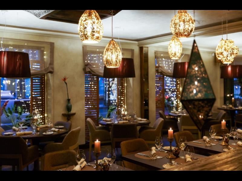 "Vidusjūras virtuves restorāns ""Ikos Olivia"""
