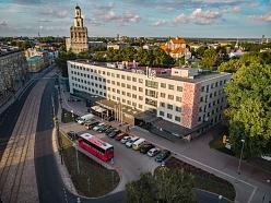 Līva, *** viesnīca