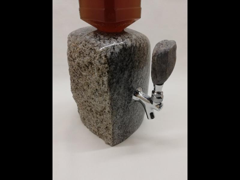 A A darbnīca, akmens apstrāde