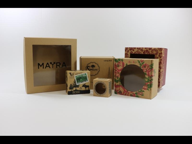 Dāvanu kastītes ar druku