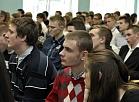 Profesionālās izglītības kompetences centra Daugavpils būvniecības tehnikuma audzēkņi ieradušies uz tikšanos ar Valsts prezidentu tehnikuma apmeklējuma laikā.