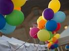Baloni Zinību dienas svētkos Spīķeros