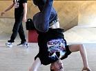 """Breika dejas apvienība ''Camelot'' uzstājas preses konferencē, kurā informē par dejiski ekstremālo uzvedumu """"Riga Magic Dance""""."""