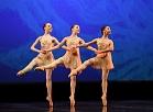Rīgas Horeogrāfijas skolas audzēknes uzstājas 23.starptautiskā Baltijas baleta festivāla Galā koncertā Latvijas Nacionālajā operā un baletā.
