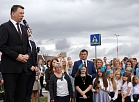 Valsts prezidents Raimonds Vējonis saka uzrunu Zinību dienas svinīgajā pasākumā Salaspils 1.vidusskolā.