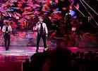"""Grupa """"Musiqq"""" uzstājās mūzikas ierakstu gada balvas """"Zelta mikrofons"""" svinīgajā balvu pasniegšanas ceremonijā Dailes teātrī."""