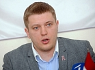 """Saeimas deputāts Dāvis Stalts preses konferencē informē par izstāšanos no nacionālās apvienības """"Visu Latvijai!""""-""""Tēvzemei un brīvībai"""""""
