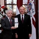 Jānis Vucāns un prezidents Andris Bērziņš