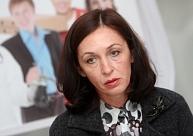 NVA direktore nesaredz šķēršļus palīdzēt bēgļiem atrast darbu Latvijā