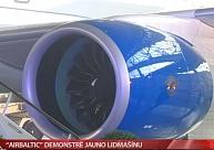 """""""airBaltic"""" demonstrē jauno lidmašīnu"""