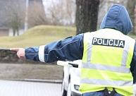 Policija par 227 000 eiro iegādāsies pārvietojamos fotoradarus