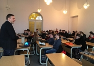 """Latvijas Lauksaimniecības universitātē viesojās""""""""Tele2"""" Shared Service Center""""eksperts"""