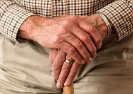 Pensionāri cer uz ekonomikas uzplaukumu, kas varētu uzlabot viņu materiālo stāvokli