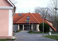 """Valmieras muzejā atvērs izstādi """"Šķiedras atkarīgie"""""""