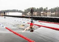 Liepājas ielu vingrotāji aicina uz ziemas peldēšanas koptreniņu